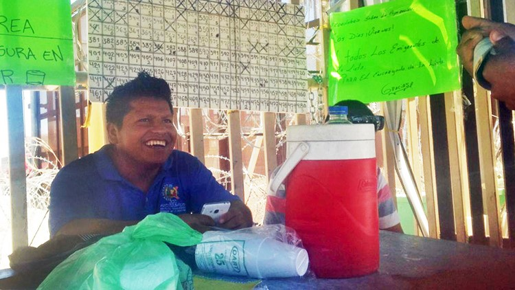 Asylum seekers forced to wait in Mexico help each other