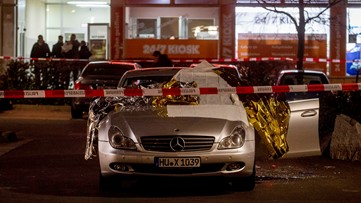 9 killed in Germany bar shootings; suspect and mother also dead
