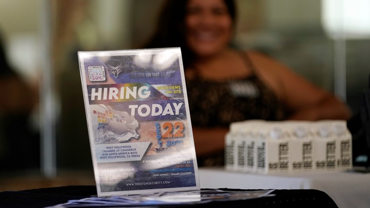 US jobless claims fall to 326,000, first drop in four weeks