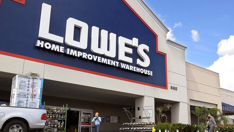 Lowe's to offer free gardens-to-go kits every Thursday in April