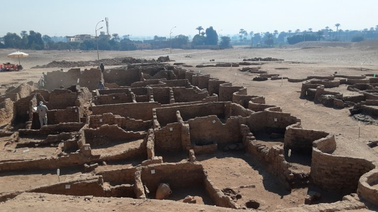 3,000-year-old 'lost golden city' discovered in Egypt