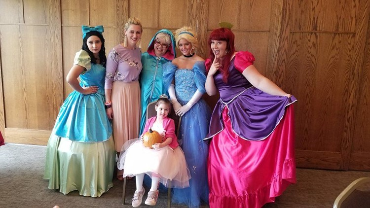 Zoey met many princesses before she died in July of 2018.
