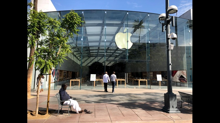 The new re-designed Apple Store in Santa Monica part of the 100 flagship Apple Stores getting a major makeover. The store is now focused on three areas--the Forum, Avenues and Grove, where the Genius support staff and Today at Apple instructors congregate