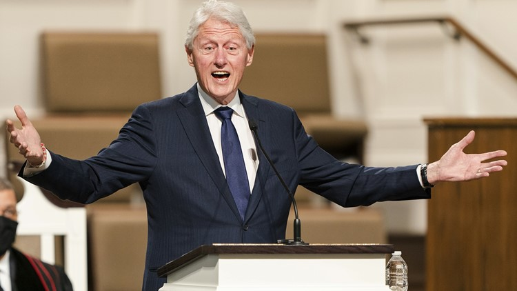 Bill Clinton recovering from urological infection, aide says