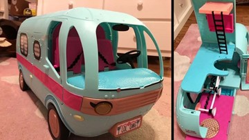 Parents warn of safety issues with LOL Surprise! Glampers after their children's fingers got stuck