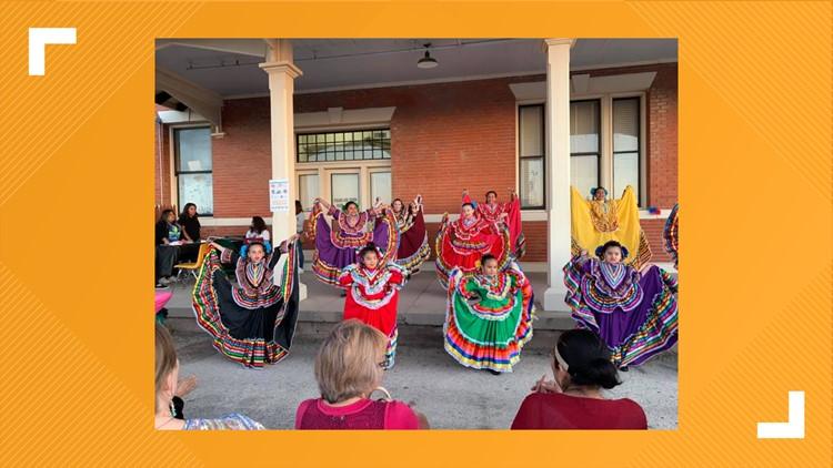 ¿Cómo celebrar el Mes de la Herencia Hispana en el Este de Tennessee?