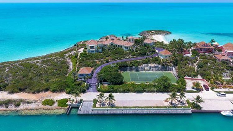 Another aerial view of Turtle Tail, the Prince villa on Turks and Caicos in the Caribbean that goes up for auction in July. (Photo: Premiere Estates)