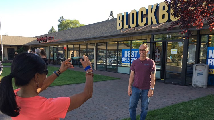 Blockbuster Photo Outside Store
