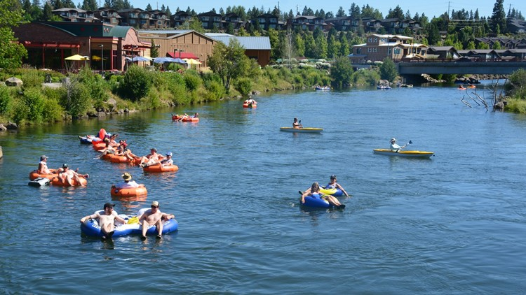 Floating the Deschutes River
