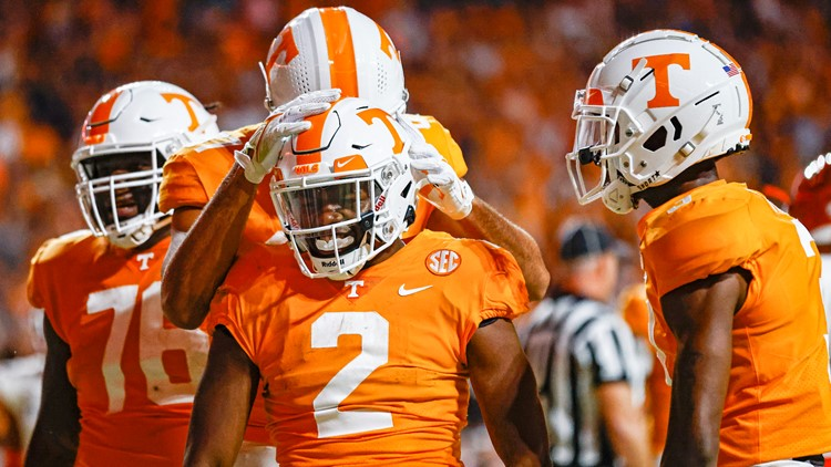 Vols fall to Pittsburgh after close game, 41-34