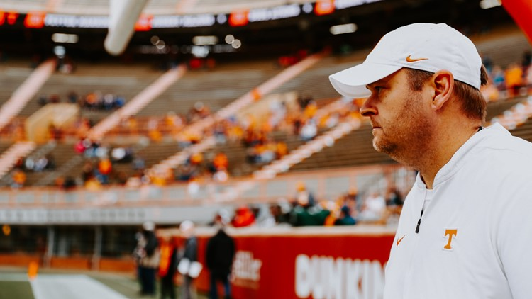 Tennessee falls to Pitt in Johnny Majors Classic, 41-34