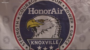 "HonorAir gives veterans special ""fly-over"" experience"