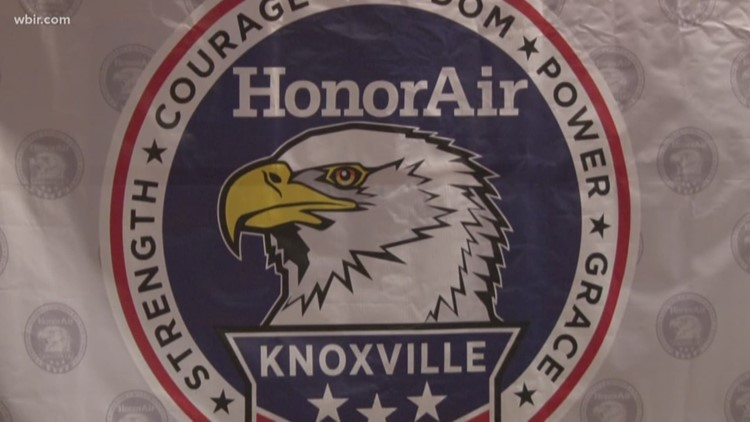 """HonorAir gives veterans special """"fly-over"""" experience"""