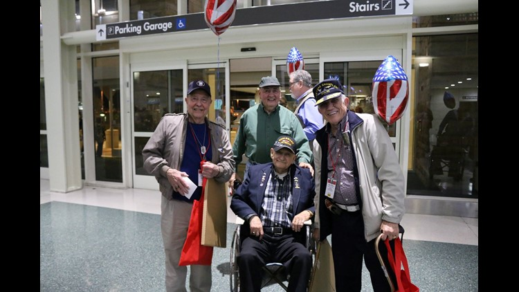HonorAir Flight 26 takes WWII, Korea and Vietnam veterans to Washington D.C.