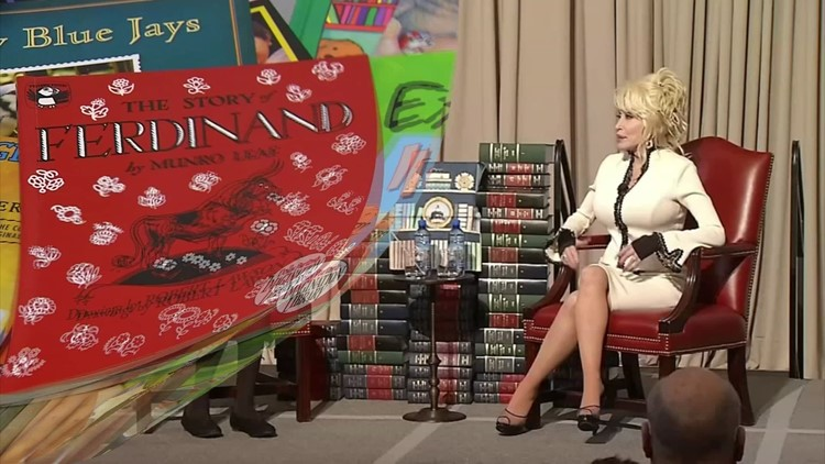 TN lawmakers honor Dolly Parton for her contributions to children's literacy
