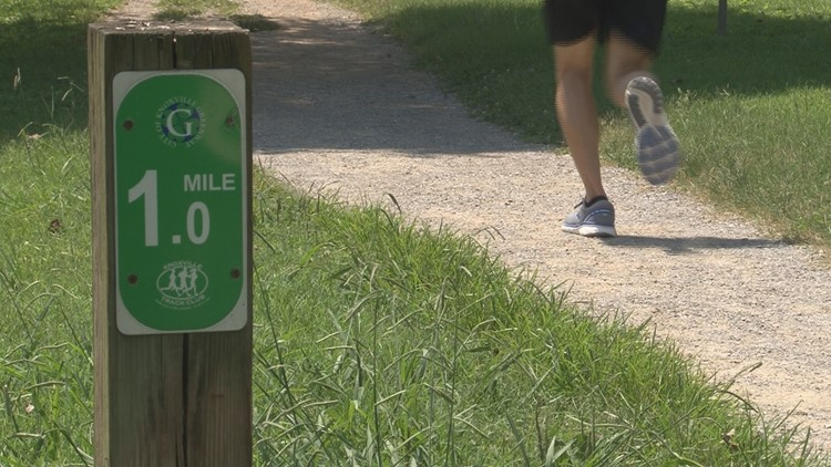 How to stay safe while running on greenways in Knox County