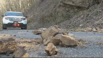 Dangerous rockslides shut down Roane County road