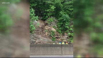 One lane of I-40 West reopens after rockslide at TN/NC state line