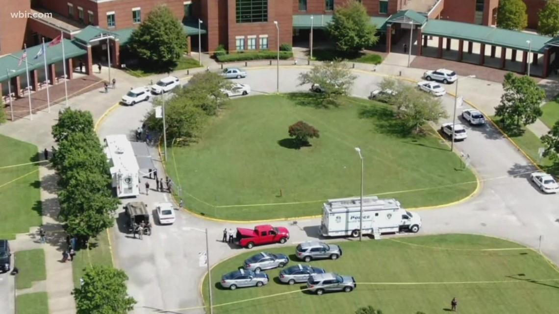 Two teenagers shot at Virginia High School