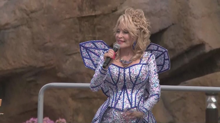 Dolly Parton Wildwood Grove