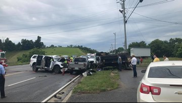 LIFESTAR airlifts two to hospital after four-vehicle crash on US 25E in Tazewell
