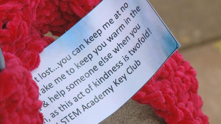 L&N STEM Academy scarves