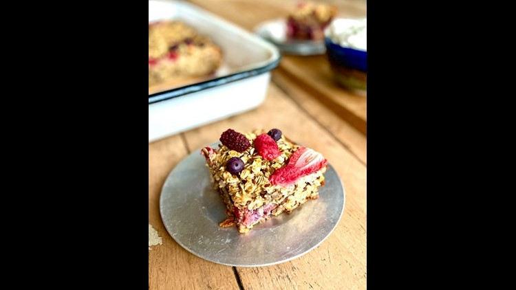 Baked oatmeal berry bars are the perfect to-go breakfast
