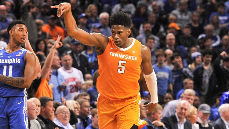Schofield repeats as SEC Player of the Week; Vols remain No. 3 in AP poll