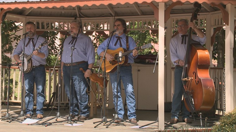 The Smoky Mountain String Band performs at Dollywood