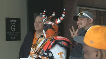 Fans flock to UT for Orange and White game
