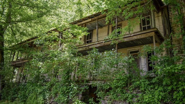 Abandoned Places: Higdon Hotel