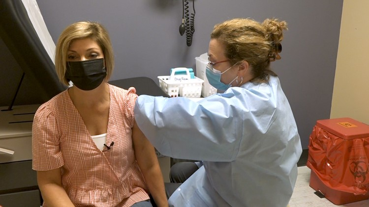COVID-19 vaccine booster trial underway in Knoxville