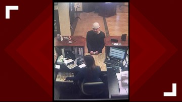 Claiborne Co. deputies and FBI looking for man suspected of robbing Harrogate bank