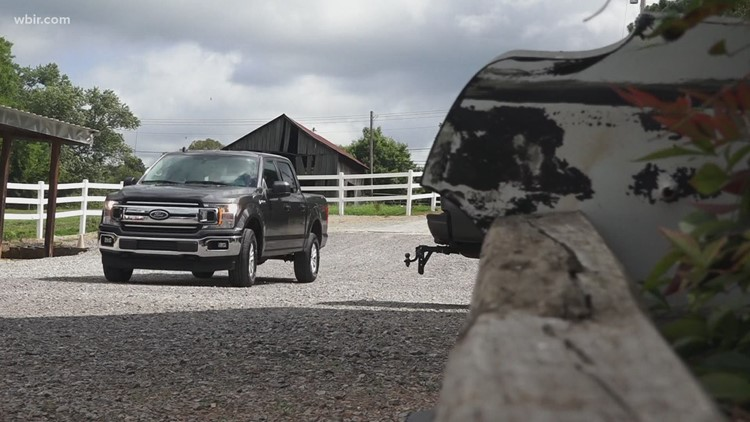 New noble steed: SouthEast Bank gifts Horse Haven truck after interstate breakdown