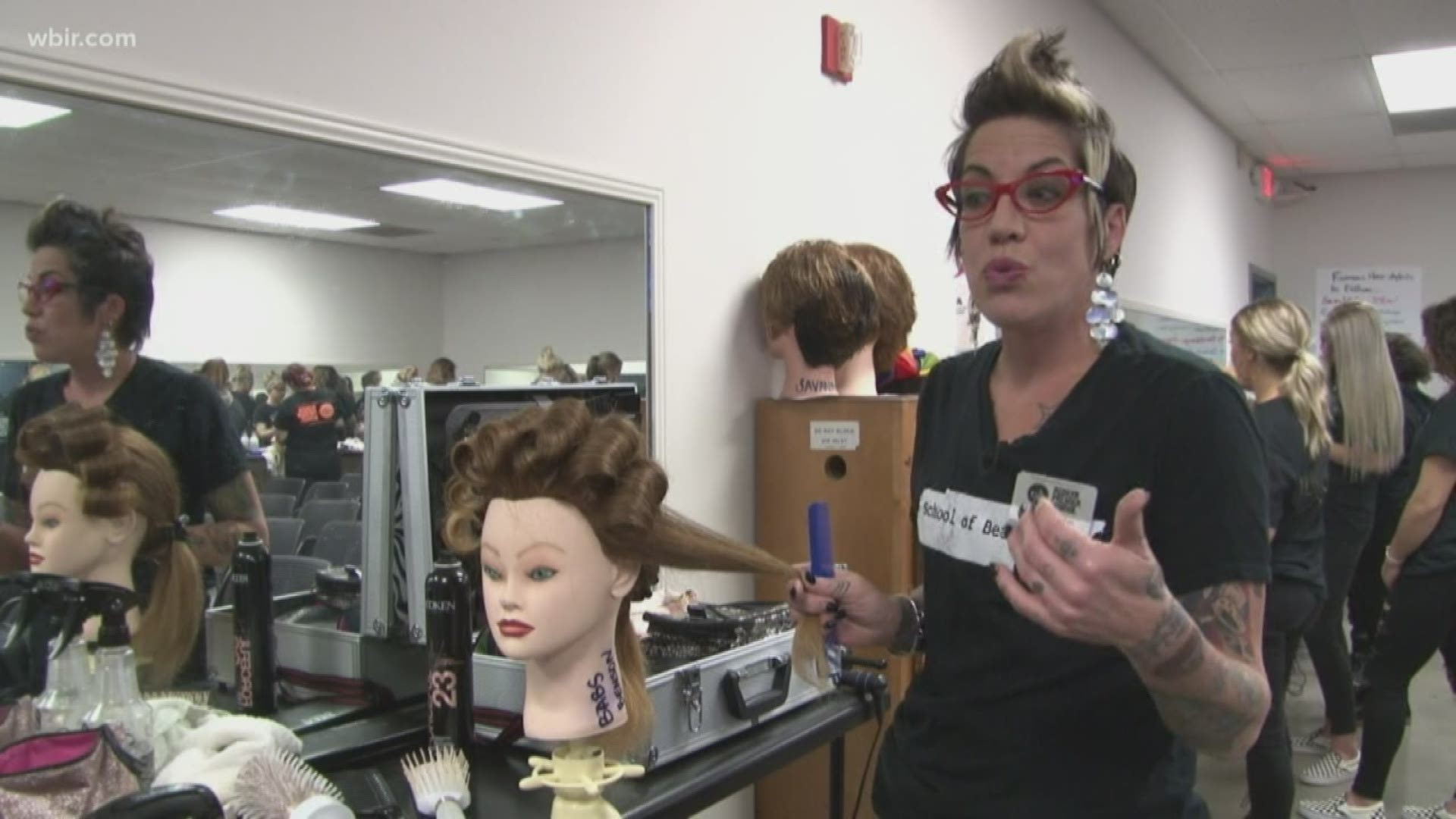 Update Proposed Tennessee Bill To Allow Cosmetologists Many Other Professions To Work Without A License Killed In Legislature Wbir Com