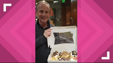 They delivered... literally! Cinnaholic keeps its promise to Coach Barnes
