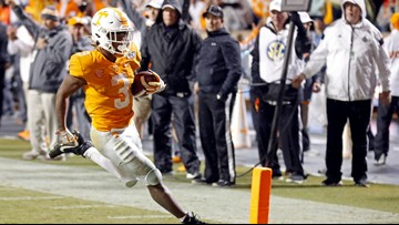Freshman Eric Gray sets record on senior day in Vols win vs. Vanderbilt