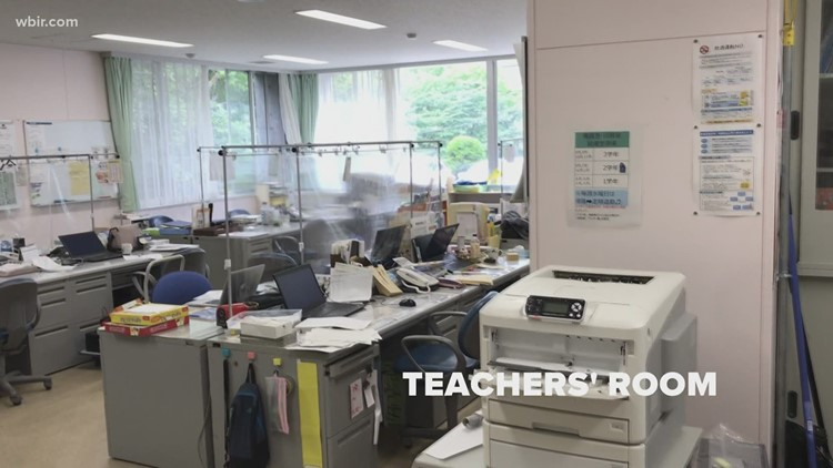 Learn about the differences between Japanese and American schools