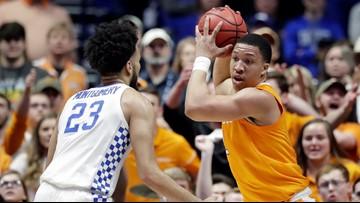 Comeback Vols! Tennessee beats Kentucky 82-78