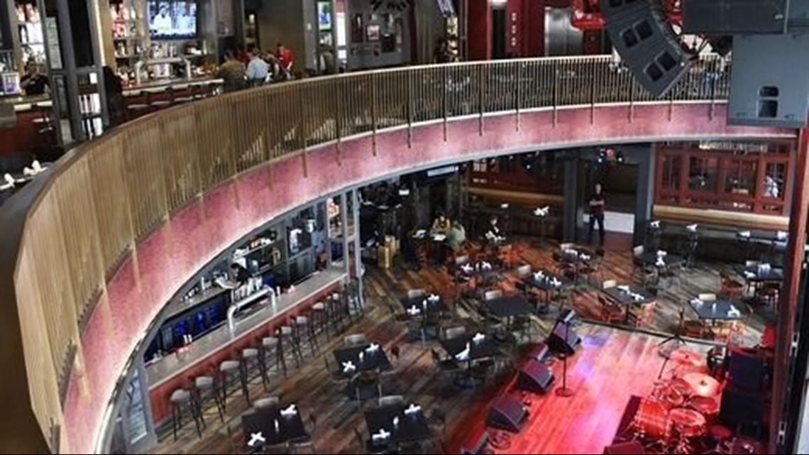 Blake Shelton's Ole Red restaurant holds grand opening in Nashville