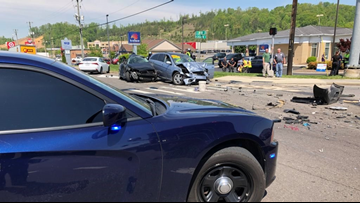 1 dead after 3-vehicle crash on Clinton Highway, KPD says