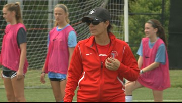 Mia Hamm reflects on friendship with Pat Summitt during trip to Knoxville