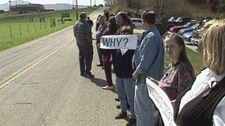 1997 workers protest prison layoffs