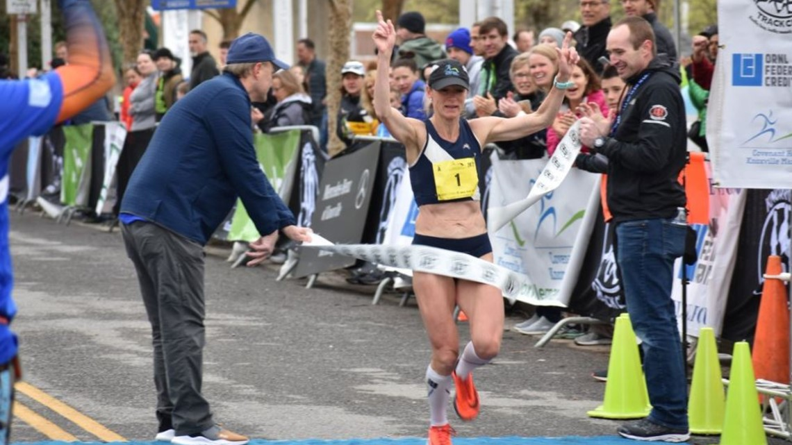 Watch: Winners of the Knoxville Marathon cross the finish line