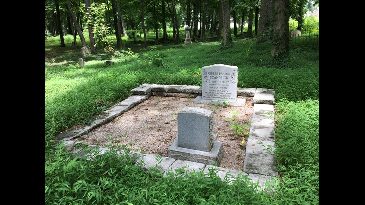 Several thousand people are buried at Odd Fellows in Knoxville.