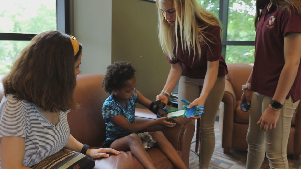 Pay it Forward: High School students build prosthetic arm for 6-year-old