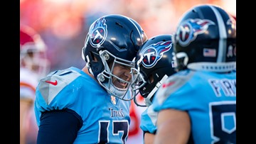 Titans rally, spoil Mahomes' return beating Chiefs 35-32