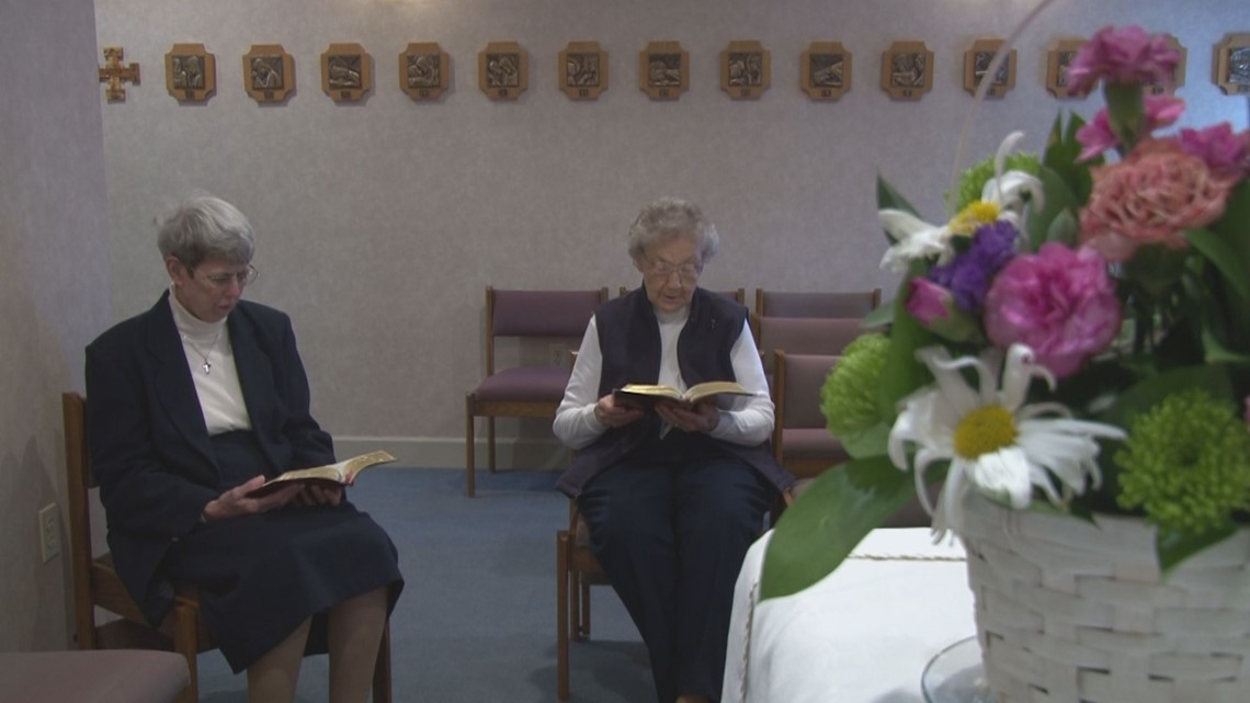 Sisters of Mercy say goodbye to hospital, Knoxville after decades of service
