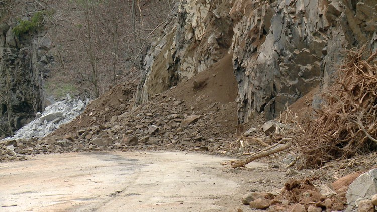 Dirt Debris Rockslide Interstate 40 Harmon Den