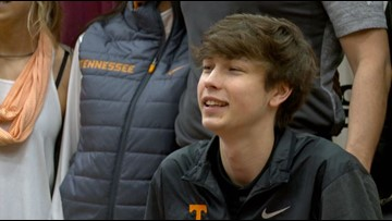 Bearden's Drew Pember signs to play basketball at Tennessee